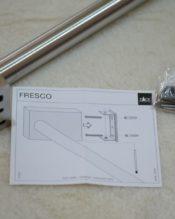 FRESCOシリーズのシンプルかつ力強いラインのタオルレール。画像の短い方は47.5cm長の40193です。(2本セットではありません)長い方がこの60cm長の40194です。長短が分かりますでしょうか。 18/10ステンレス製 L60cm 697kg