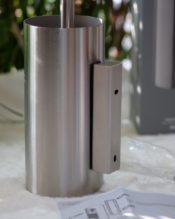 LINEAシリーズのトイレブラシセット、壁つけタイプです。ヘアラインの高級感が良く出ていますね。ZACKのトイレブラシはいくつか出てますが、これはイチオシです! 18/10ステンレス製 H45cm D9cm 863g