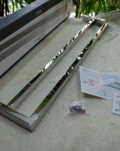 2013年秋のメゾン・エ・オブジェで発表されたタオルレール。 18/10ステンレス製 L61.5cm D13cm B3cm 1.035kg デザイナー:ハイコ・リンケ(ドイツ)
